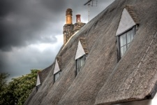 Thatched roof on Church Lane, courtesy Tim Daniels www.lapseoftheshutter.com